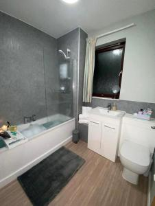 A bathroom at Harbour View