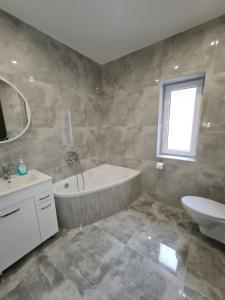 A bathroom at Ines Apartament