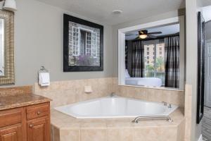 Un baño de Club Wyndham Grand Desert