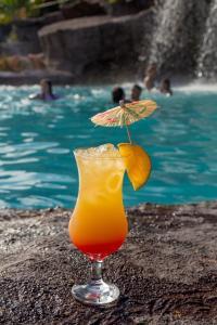 Drinks at Chalés Praia de Minas