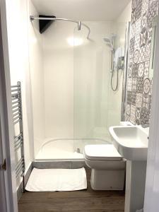 A bathroom at The Angel Inn