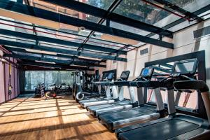 The fitness center and/or fitness facilities at Hilton Bogotá