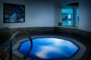 The swimming pool at or near Leonardo Royal London City - Tower Hill