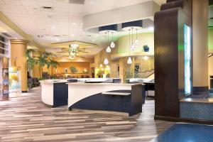 The lobby or reception area at Club Wyndham Ocean Walk
