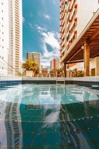 A piscina localizada em Vivaz Boutique Hotel ou nos arredores