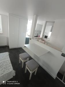 A kitchen or kitchenette at DEIZY