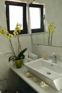 Ένα μπάνιο στο Chateau de Georges