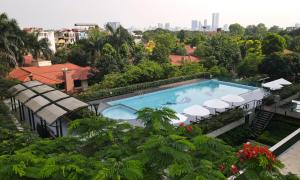 A view of the pool at Elegant Suites Westlake or nearby