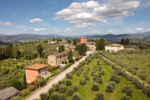 A bird's-eye view of Tenuta Torre Rossa Farm & Apartments