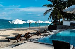 Der Swimmingpool an oder in der Nähe von The Hive Hotel - SHA Plus