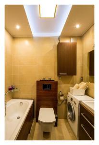 Łazienka w obiekcie Apartament Jantarowa