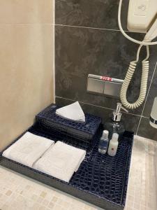 A bathroom at Hotel Feride