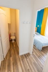 A bathroom at Hypercentre T4 à 7 min à pied du Vieux Port