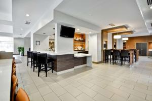 A restaurant or other place to eat at Hyatt House Atlanta Cobb Galleria