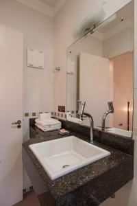 A bathroom at Pousada Do Chalé