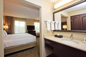 A bathroom at Staybridge Suites Austin South Interstate Hwy 35, an IHG Hotel