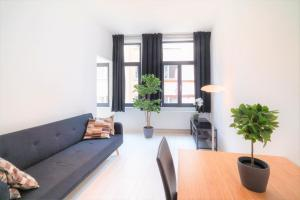 A seating area at Beautiful Cozy Apartments in the Heart of Antwerp