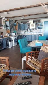 Ресторан / где поесть в Эллинг с семейными аппартаментами