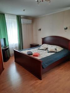 Łóżko lub łóżka w pokoju w obiekcie Duets