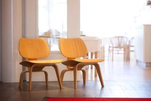 Ein Sitzbereich in der Unterkunft Hotel Van Bunnen