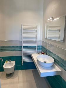 A bathroom at 103 Boutique Hotel Stintino