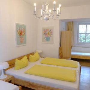 Ein Bett oder Betten in einem Zimmer der Unterkunft Pension Stoi budget guesthouse