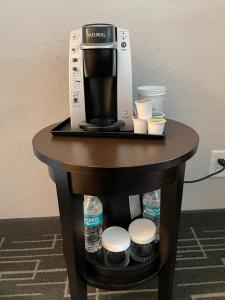 Coffee and tea-making facilities at Holiday Inn Charlotte Center City, an IHG Hotel