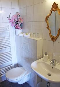 Ein Badezimmer in der Unterkunft Pension Stoi budget guesthouse
