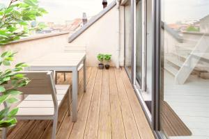 A balcony or terrace at Beautiful Cozy Apartments in the Heart of Antwerp