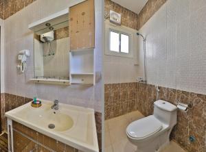 Um banheiro em OYO 232 Fawasel Tabuk 2 Hotel Apartment