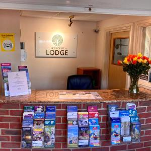 The lobby or reception area at New Forest Lodge