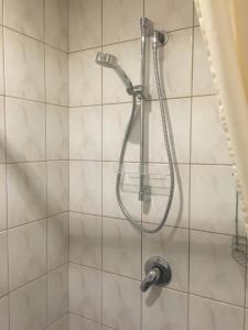Vannas istaba naktsmītnē Rojas Rodes