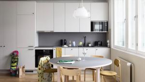 A kitchen or kitchenette at Bob W City Centre