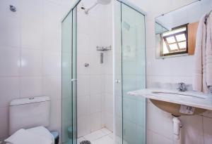 A bathroom at Pousada Refugio da Harmonia