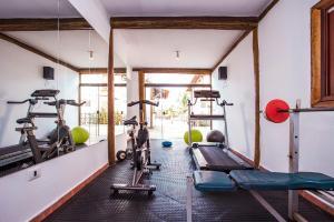 The fitness center and/or fitness facilities at Pousada Refugio da Harmonia