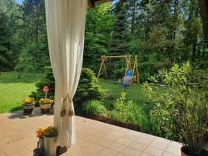 Ogród w obiekcie Szczodre Sybillenort blisko Wrocławia