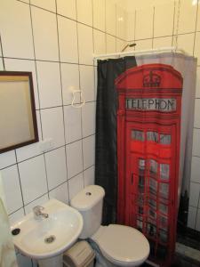 Un baño de Departamento Barros Borgoño