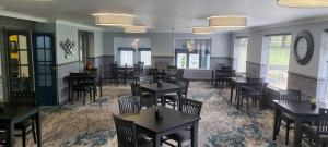 A restaurant or other place to eat at Birch Hotel