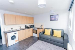 A kitchen or kitchenette at Dream Apartments Middlesbrough