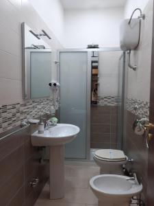 A bathroom at Re Diego