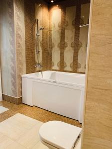 A bathroom at Квартира на Воробьёвых горах