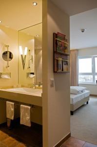 A bathroom at Ringhotel Katharinen Hof