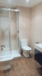 A bathroom at Casa JyM Fontela 24