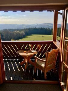 Ein Balkon oder eine Terrasse in der Unterkunft Ferienappartements Rausch