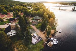 A bird's-eye view of Lapland Hotels Ounasvaara Chalets