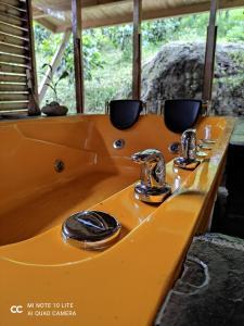 A bathroom at La Finestra Spa Hotel Boutique