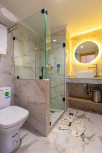 A bathroom at Hotel Argana Agadir