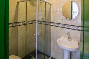 Um banheiro em Pousada Casa do Rio Hostel