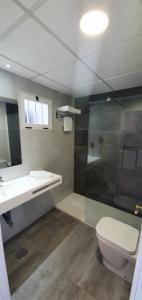 A bathroom at Primavera Loix