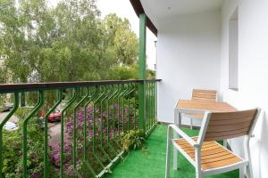A balcony or terrace at Apartament Zielony Sopot Karlikowo by Renters